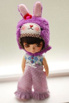 Latidoll yellow animal hat with fur chin strap - lavender purple sheep