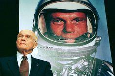 John Glenn, first American to orbit the Earth, dies at 95 - The Washington Post