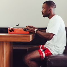 Frank Ocean: People are just afraid of things too much. Afraid of things that don't necessarily merit fear. #FrankOcean #HumanNote