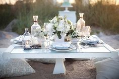 Ahhhh....the serenity of the all white table, never ceases to amaze and inspire, Lstylebylisa