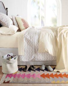 Arrows Flat-Weave Wool Rug - Garnet Hill