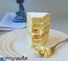 Lemon White Cake (a traditional recipe) - simonacallas Tall Cakes, Take The Cake, Cake Flour, Fresh Lemon Juice, Cake Mold, Serving Plates, Housewife, Recipe Using