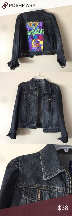 ⚡️FLASH SALE⚡️Goosebumps Jean Jacket Totally awesome Goosebumps jean jacket! It's a Gap size large jacket. It's a dark denim. The sleeves a little puffy on the shoulders. It zippers up the front. Fits true to size. No flaws great condition! Any questions please ask! GAP Jackets & Coats Jean Jackets