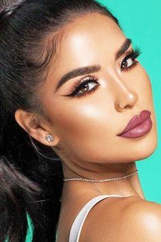 10 super sexy makeup tips for Valentine's Day # makeup # makeuplover Mascara, Eyeliner, Romantic Makeup, Romantic Curls, Make Up Looks, Perfect Makeup, Gorgeous Makeup, Beauty Skin, Beauty Makeup