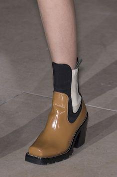 Louis Vuitton Fall 2017 Fashion Show Details - The Impression