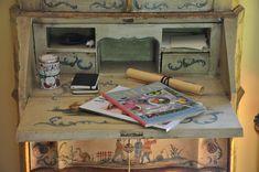 Magazine Rack, Storage, Furniture, Home Decor, Rural House, Nice Asses, Homemade Home Decor, Larger, Home Furnishings