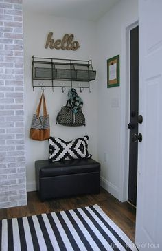 A Thrifty DIY mudroom reveal - Little House of Four Classic Kitchen, Diy Home Decor, Room Decor, White Wash Brick, Small Hallways, Deco Design, Entryway Decor, Foyer, Hallway Furniture