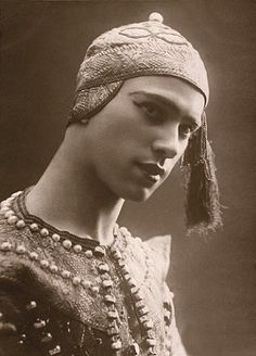 "Vaslav Nijinsky in ""Siamese Dance,"" 1909 (costume by Leon Bakst)"