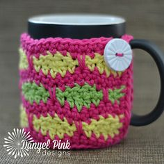 Mason Mug Cozy - made with Red Heart Creme de la Creme - by Danyel Pink Designs