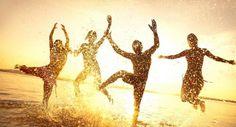 ¿Qué es la Biodanza ?  Biodanza o danza de la vida, consiste en una serie de ejercicios de movimiento, relajación y voz, escuchando una músi...
