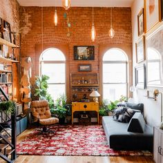 Timo Weiland's Brooklyn Apartment Is Always Dance-Party Ready The designer's vintage industrial loft is as peaceful as it is playful Brooklyn Apartment, New York City Apartment, Dream Apartment, Apartment Living, Apartment View, Apartment Goals, Apartment Party, City Apartment Decor, Apartment Ideas