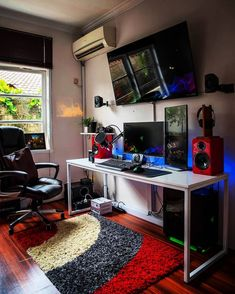 Epic setup My Rating For This Setup : 9.8/10 Your Rating :1-10 Setup Info : Motherboard : asrock X370 Gaming X Cpu : ryzen 5 1600x Cpu cooler : thermalright 140 Case : nzxt h440 razer Gpu : inno gtx 1060 6gb Ram : ddr4 8gbx2 klev pc3000 Psu : fsp epsi