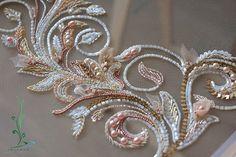 Фрагмент вышивки нового платья Автор: Яна Пустовойт  www.iolanna.com #iolanna #design #luneville #dress #wedding #weddingdress #embroidery #exclusive #люневильскаявышивка #индивидуальныйпошив