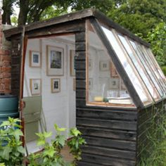 Hmmm, an artist shed? I'm debating on whether to have an art studio in the house or a separate studio out in the backyard Magniza Studio Hangar, Artist Shed, Studio Shed, Studio Studio, Tiny Studio, Backyard Studio, Small Garden Art Studio, She Sheds, Shed Plans