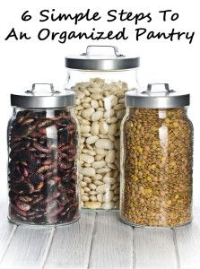 6 Simple steps to a clean & organized pantry. There's nothing better than a clean pantry! #organization #pantry #kitchen