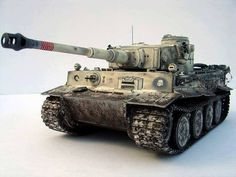 Pz.Kpfw. VI Tiger I (early) By Modeler Evgeny Popov. 1:35 Scale Academy