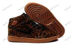 Nike Air Jordan 1 Brown Mens basketball shoes cool nike shoes Regular Price: $195.00 Special Price $95.85 Free Shipping with DHL or EMS(about 5-9 days to be your door).  Buy Shoes Get Socks Free.