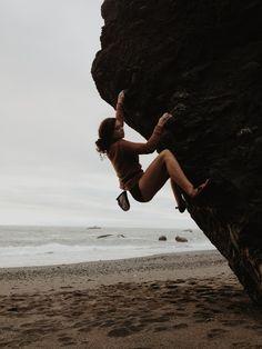 Beach bouldering in Lost Rocks, California