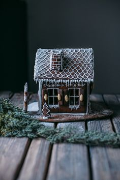 our food stories: glutenfree ginger bread house and a new watch from cluse