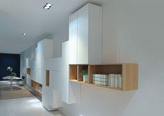 Contemporary wooden bookcase - MODERN by Piero Lissoni - ArchiExpo