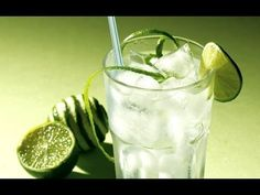 Cointreau Caipirinha coctail, image uploaded by anonymous in art category. Healthy Low Calorie Meals, Healthy Recipes For Weight Loss, Low Calorie Recipes, Low Calorie Alcoholic Drinks, Low Carb Drinks, Fun Drinks, Yummy Drinks, Healthy Drinks, Lime Drinks