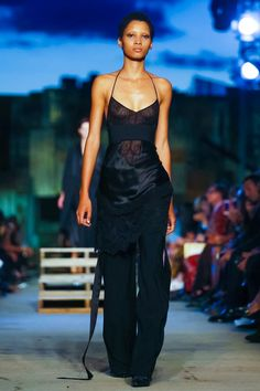 Givenchy Ready To Wear Spring Summer 2016 New York - NOWFASHION