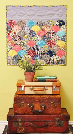 Clamshell Wall Hanging by Jo Avery of My Bear Paw for Issue 14 of Love Patchwork & Quilting magazine