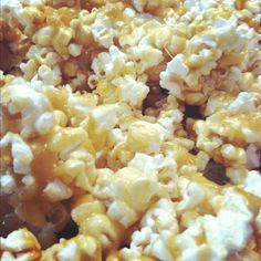 "Crazy Karo Crunch (caramel corn) from Crazy Kirkham Life.""This caramel corn is the best you will EVER try"" she modified recipe so there is more corn and less caramel. Popcorn Recipes, Snack Recipes, Dessert Recipes, Cooking Recipes, Cooking Tips, Healthy Recipes, Yummy Snacks, Delicious Desserts, Yummy Food"