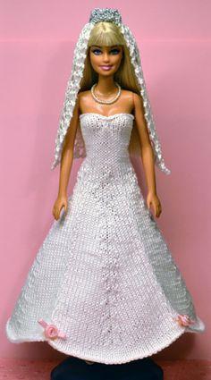 Irresistible Crochet a Doll Ideas. Radiant Crochet a Doll Ideas. Barbie Knitting Patterns, Knitting Dolls Clothes, Barbie Clothes Patterns, Crochet Barbie Clothes, Clothing Patterns, Barbie Wedding Dress, Barbie Dress, Barbie Doll, Barbie Wardrobe