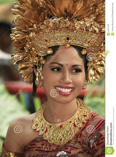 Dreamstime.com Smiles And Laughs, Paradise Island, Lombok, People Of The World, Balinese, Smile Face, Headdress, Traditional Dresses, Bride