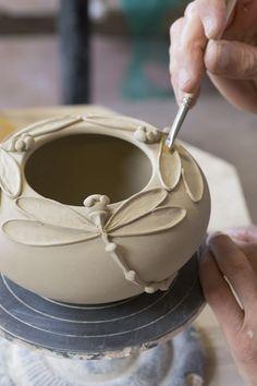 Hand Built Pottery, Slab Pottery, Pottery Art, Ceramic Pottery, Thrown Pottery, Pottery Wheel, Greek Pottery, Polish Pottery, Pottery Mugs
