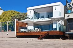 This holiday-inspiring Malibu residence was developed by the architecture team at Owen Dalton Masterbuilder77 and is located right on the shores of the Pacific Ocean. Description from house-maintain.blogspot.com. I searched for this on bing.com/images