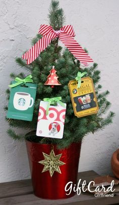 120 Creative Ways To Give Gift Cards Or Money Gifts - make giving cash and gift cards FUN! 120 Creative Ways To Give Gift Cards Or Money gifts - how to give money gifts and ways to wrap gift cards that are fun to give and fun to open! Gift Card Tree, Gift Card Basket, Gift Card Bouquet, Gift Card Gifts, Christmas Tree With Gifts, Teacher Christmas Gifts, Holiday Gifts, Christmas Diy, Christmas Stockings
