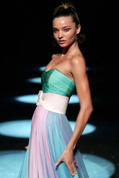 33 models who have perfected the runway stare: Miranda Kerr