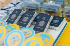 Ooh those little passports are so cute Planes Party, Airplane Party, 1st Boy Birthday, Birthday Party Themes, Time Flies Birthday, Kite Party, Goodbye Party, Travel Baby Showers, Farewell Parties