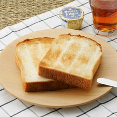 ITUTU/パン皿 丸 3360yen 最後までカリカリのトーストが食べられるプレート