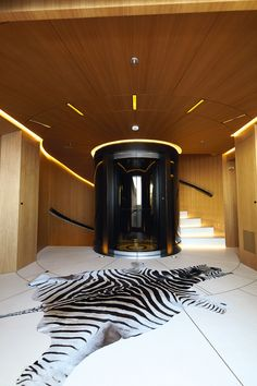 Elevator within the yacht. #superyacht #rug #yachting