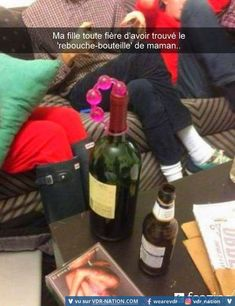 Delicious Red Wine with Beads of Poop on the Cork Fail ---- hilarious jokes funny pictures walmart humor fails Image Gag, History Of Wine, Video Humour, Walmart Funny, Uber Humor, Facebook Humor, Wine Stoppers, Adult Humor, Wine Drinks
