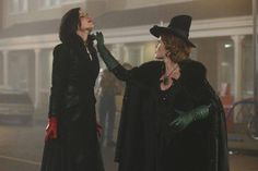 Regina enfrenta Zelena
