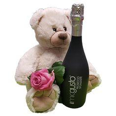 Quality Fruit Baskets. Beer 6  Knuffel 45 cm Grote witte knuffelbeer met roze roos en een lekkere fles Prosecco spumante Deze beer is ongeveer 45cm heerlijk zacht en van een goede kwaliteit! Met dit cadeau maak je een onuitwisbare indruk