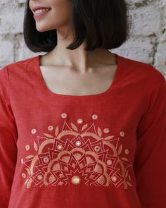 Begin the new year with magic. Embroidery On Kurtis, Kurti Embroidery Design, Embroidery Neck Designs, Hand Embroidery Videos, Hand Embroidery Flowers, Embroidery On Clothes, Hand Work Embroidery, Embroidery Suits, Embroidered Clothes