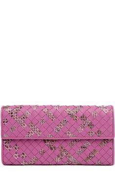 Портмоне из комбинированной кожи с плетением intrecciato Bottega Veneta, розового цвета, арт. 150509/VV211 в ЦУМ | Фото №1