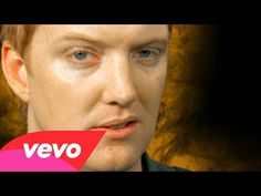 ▶ Queens Of The Stone Age - No One Knows - YouTube