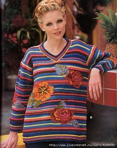 """A T E N C I O N --------------- esta el trampa de ojo pulover imitando camisa con corbata, y chaleco VIP---------------------------------- - ПУЛОВЕР С """"РОЗАМИ"""" Knitted Flowers, Le Point, Views Album, Christmas Sweaters, Men Sweater, Vest, Pullover, Couture, Crochet"""