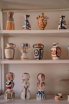 Discover recipes, home ideas, style inspiration and other ideas to try. Ceramic Studio, Ceramic Clay, Ceramic Pottery, Pottery Art, Slab Pottery, Porcelain Clay, Pottery Mugs, Ceramic Decor, Pottery Studio