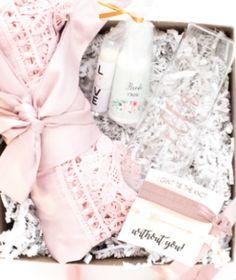 Bridal Gift Set Purple Wedding Favours Wedding Mementos Bridesmaids Gift Set Set of 5 Unique Wedding Favors White Wedding Cake Felt Set