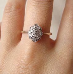 Art Deco Scalloped Oval Diamond Engagement Ring, 1930's Diamond Wedding Ring Vintage 9k Gold Engagement Ring Size US 8.25