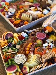 Gorgeous grazing boards by Feast and Floral Party Food Platters, Food Trays, Cheese Platters, Charcuterie Recipes, Charcuterie And Cheese Board, Cheese Boards, Antipasto Platter, Artisan Cheese, Food Displays