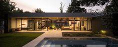 Galeria de A casa e as árvores / Iglesis Arquitectos - 17