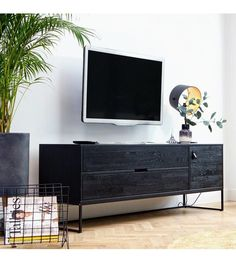 Silas oak tv unit in black night by woood - woood Living Room Tv, Interior Design Living Room, Dining Room, Tv Furniture, Furniture Design, Home Sitting, Black Tv Cabinet, Black Tv Console, Black Tv Unit